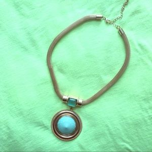 Jewelry - Turquoise and gold pendant necklace
